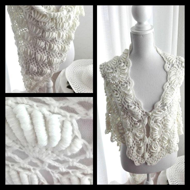 Een persoonlijke favoriet uit mijn Etsy shop https://www.etsy.com/nl/listing/470737842/witte-gehaakte-sjaal-omslagdoek-bruids