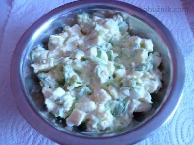 Pórkový salát s vejci