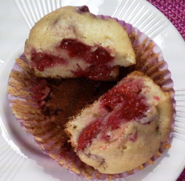 Raspberry Cream Cheese Muffins | Recipe