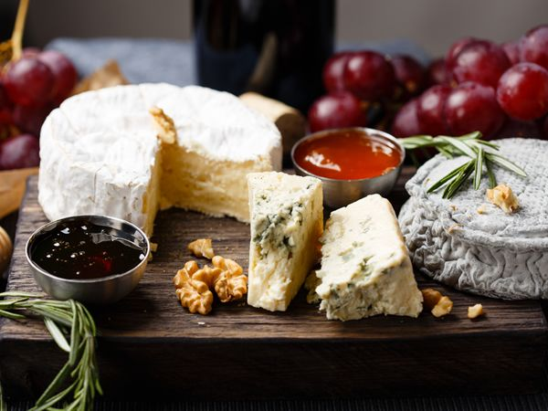 South Africa's dreamiest cheese boards http://www.eatout.co.za/article/south-africas-best-cheese-boards/
