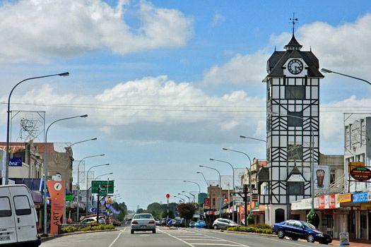 Stratford, New Zealand. Photo by itravelNZ