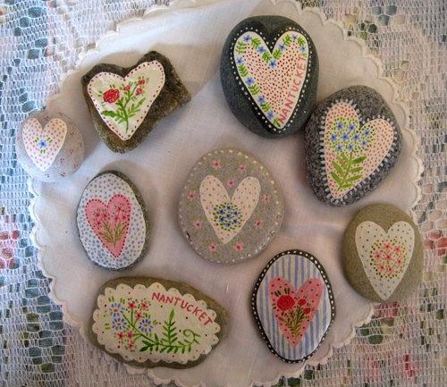 Heart rocks: FᎯIℛi TᎯIℒ, Rocks Ideas, Paintings Rocks, Paintings Stones, Heart Rocks, Heart Divine, Rocks Paintings, Rocks Art, Crafts