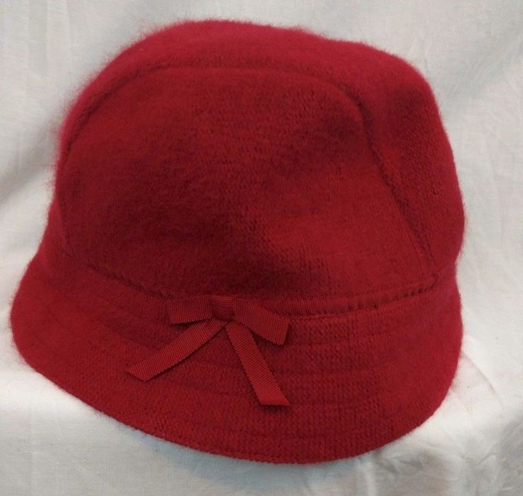 12.59$  Watch here - http://vizmo.justgood.pw/vig/item.php?t=kqp8ay58239 - GAP Solid Red Bucket Hat SZ S M Angora Blend Soft Bow Accent