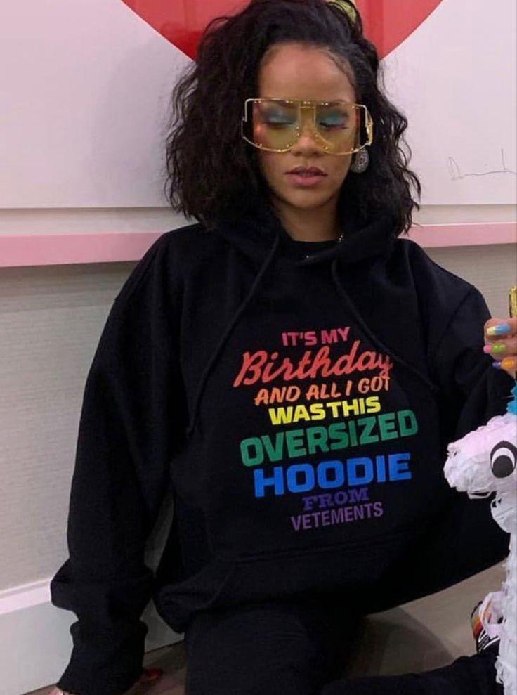 Pin by zuel on RiRi ⚜️ | Rihanna fenty, City outfits, Rihanna