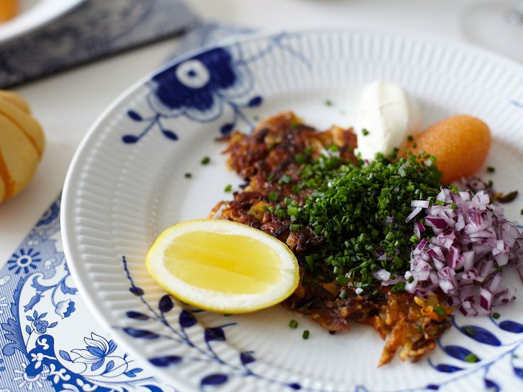 Råraka på rotfrukter med mandel och löjrom | Recept från Köket.se