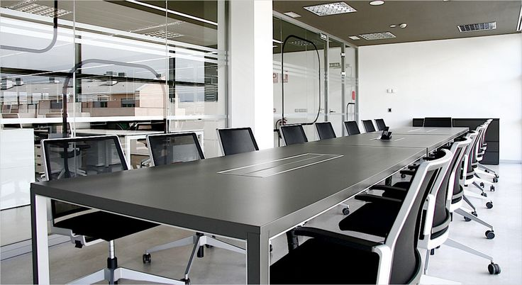 Dynamobel Neta conference table. Mødebord.