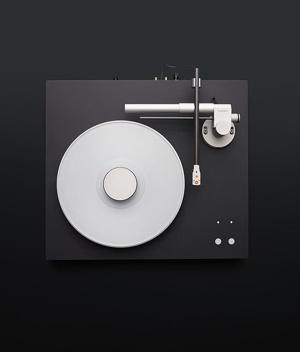 Magne Turntable by Bergmann Audio