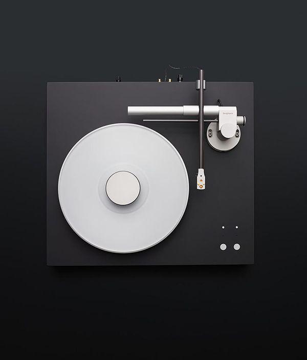 Magne Turntable by Bergmann Audio