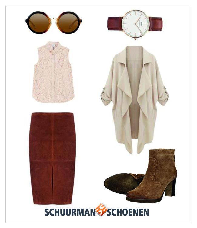 Deze outfit staat je goed als je een nette gelegenheid hebt, zoals een etentje of een borrel. De suède enkellaarsjes van Tamaris staan chique onder een mooie kokerrok met blouse en wijde jas. Klik om de enkellaarsjes in onze webshop te bekijken!