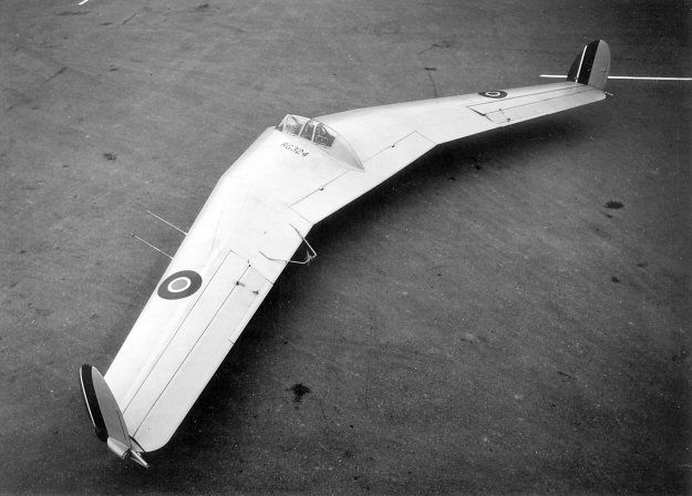 RG324 - Glider prototype of AW52. First flight March 2, 1945