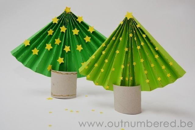 Maak je eigen papieren kerstboom – Eenvoudig knutselen voor kerstmis