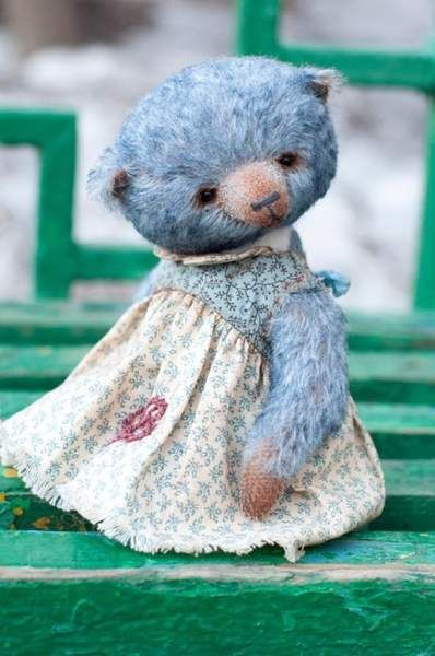 Teddy bear Berta by By Irina Arkhipova | Bear Pile