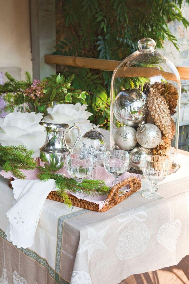 La decoración de una fiesta de fin de año en una casa de campo