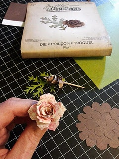Sizzix - Tim Holtz - Bigz Die - Alterations Collection - Die Cutting Template - Tattered Pinecone Use the the die above to cut felt---> felt rose