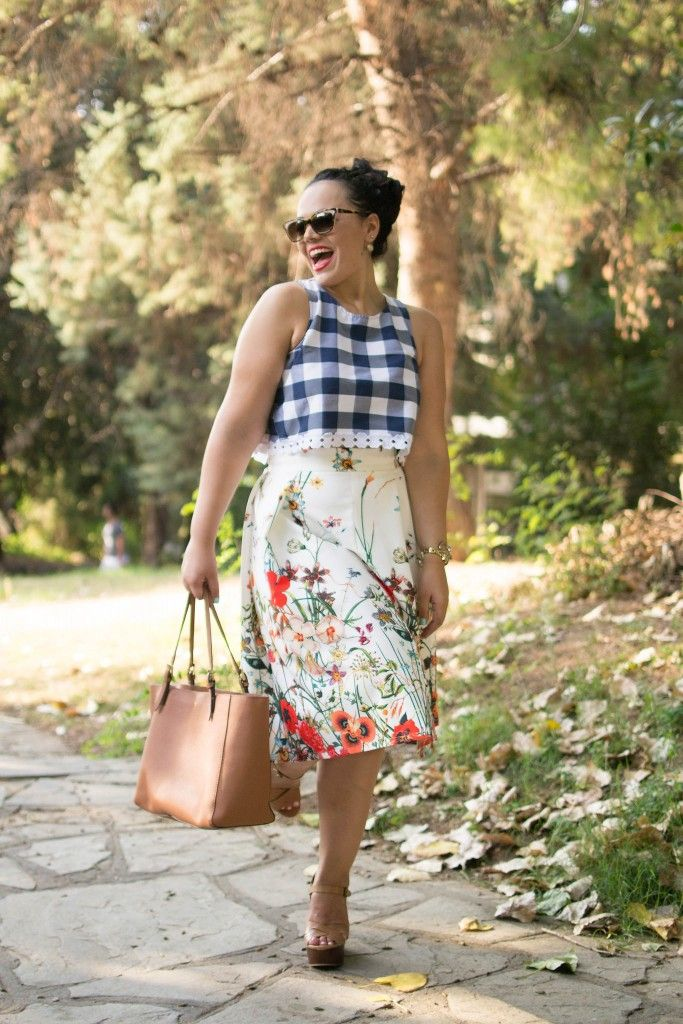Floral & Plaid Summer outfit. This SheIN skirt is the cheapest... www.thedailylace.com