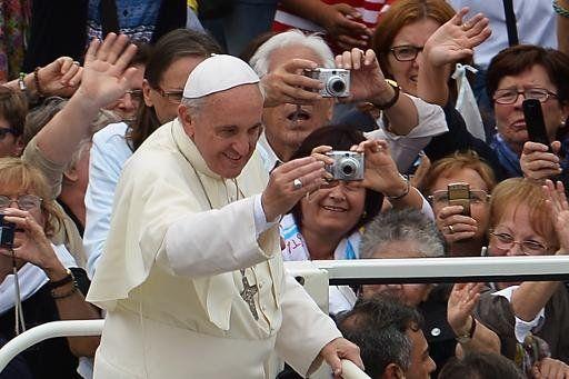 Juan Pablo II y Juan XXIII serán canonizados el 27 de abril - Yahoo Noticias España