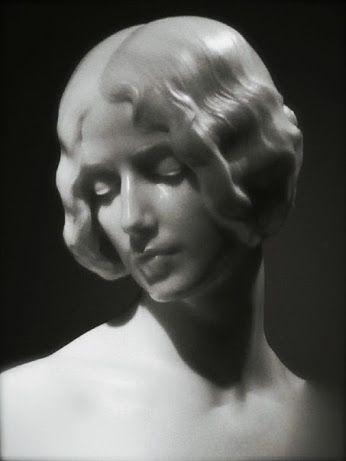 мраморная скульптура Мариано Benlliure, 1910. Скульптор Cleo de Mérode