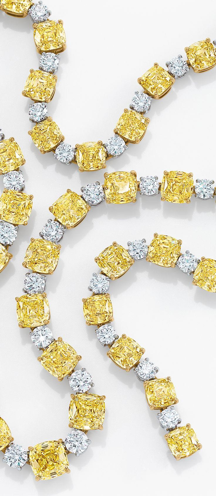 Tiffany Yellow Diamonds are as rare as the woman who wears them. Capturing the warmth and splendor of the sun, this captivating stone seems to glow from within.