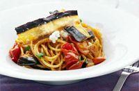 Spaghetti alla Norma (aubergine & tomat)
