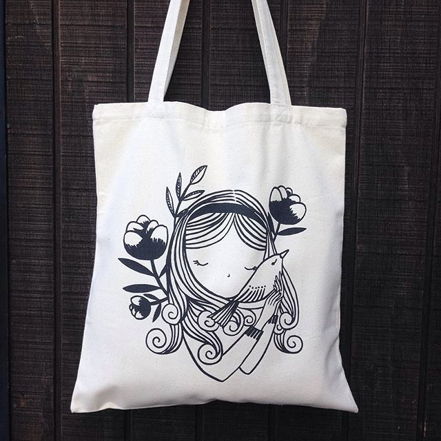 Freshly printed tote bags ready for the Christmas markets this weekend ♡ Will also be available on Etsy soon. Individually hand screen printed using water based inks on sturdy cotton canvas ♦︎ ♦︎ ♦︎ #totebag #illustration #florawaycott