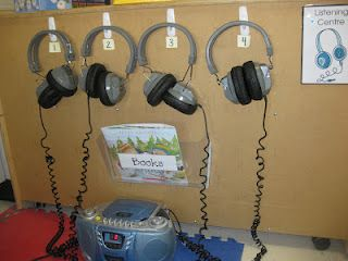 love this listening center set up!
