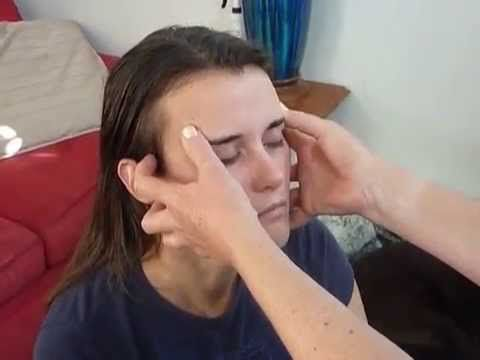 Dee Gale's Head And Face Massage Routine