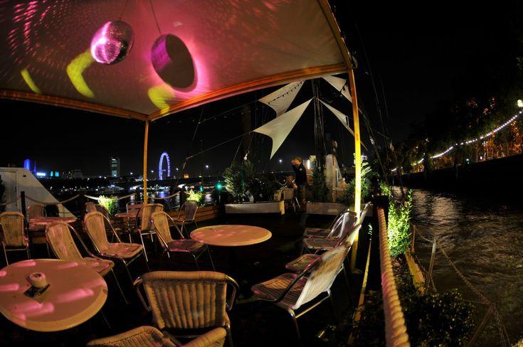 Bar&Co, Embankment London
