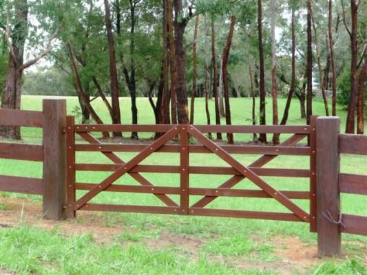 Timber Farm Gate If Only It Would Keep The Dog In