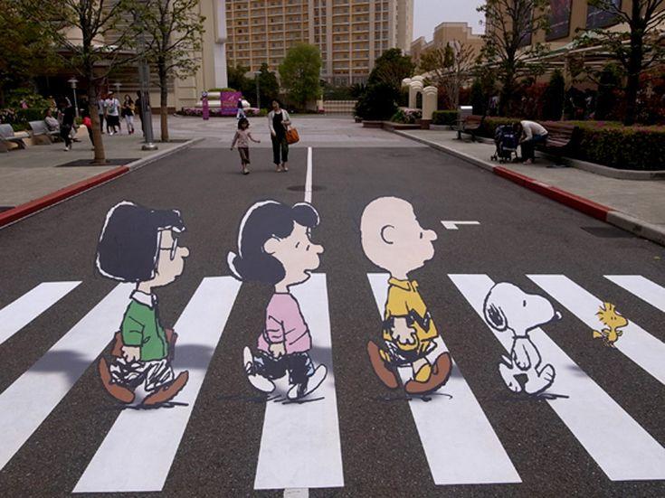 Peanut Abbey Road Snoopy Crosswalk
