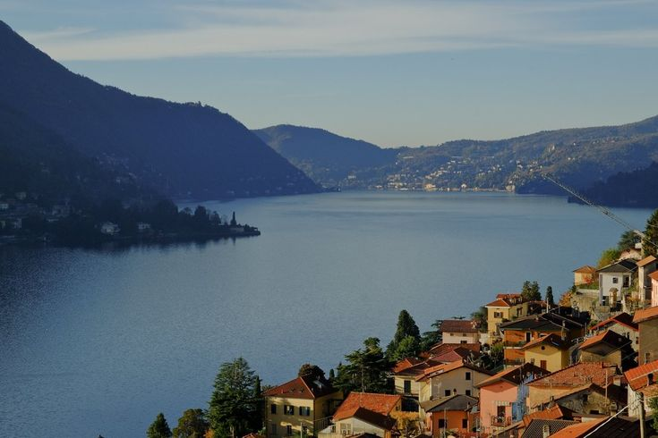 Lake Como, tucked against Italy's border with Switzerland, has drawn luxury-seekers since Roman times. Now, with the dollar rising, a new wave of American buyers is taking an interest in the area.