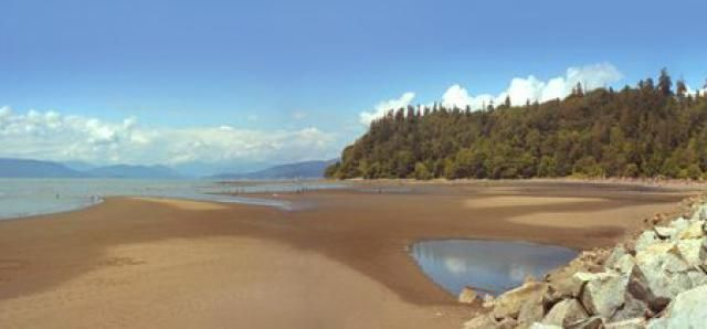 Top 5 Best Beaches in Vancouver, BC: Wreck Beach