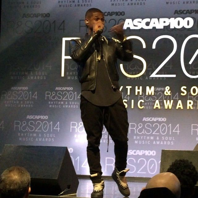We surprised the ASCAP guest with Usher - he came out and performed and made a speech. #usher #teamusher #music #confessions #sosodef