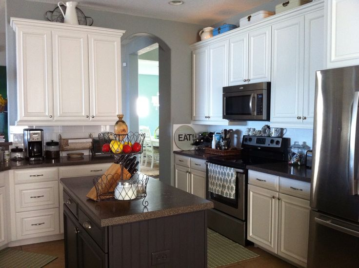 White and gray kitchen sw snowbound cabinets sw mineral for Grey wall paint kitchen