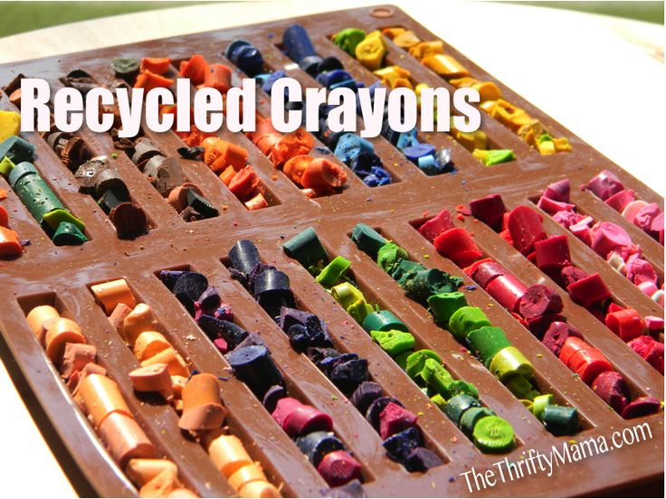 Recycled Crayons {Homemade Christmas Gifts} | The Happy Housewife