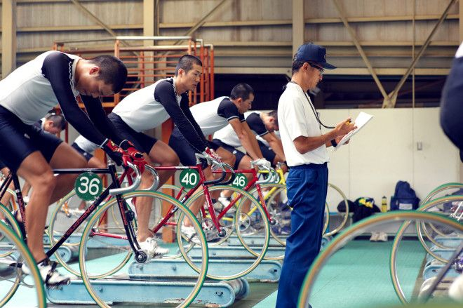 Inside the Wild World of Keirin Japans Brake-Free Bicycle Racing
