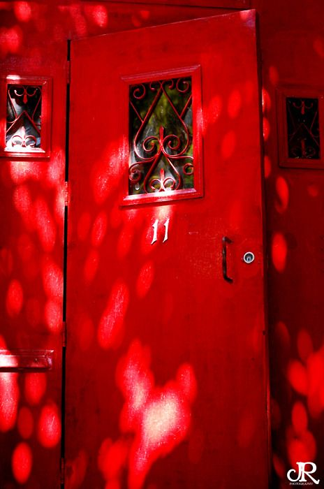 Love the red door