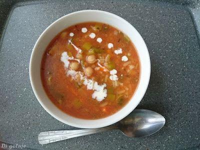 Di gotuje: Zupa z ciecierzycy (z ryżem)