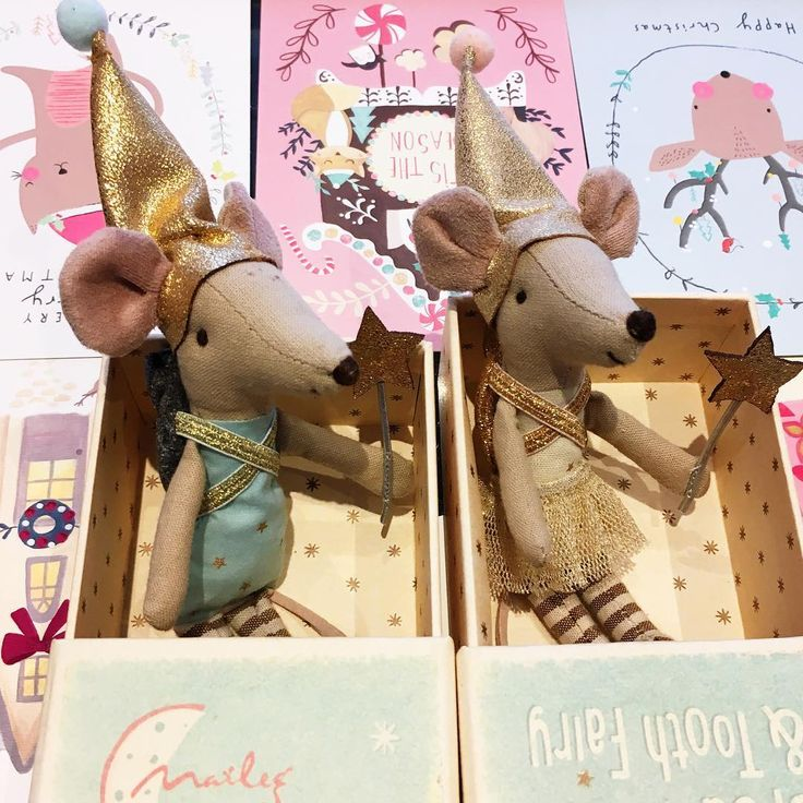 Part of our #Maileg's selection... those amazing tooth Fairies in keepsake boxes. A little 🐭 with a special pocket to keep teeth safe for the tooth fairy 💝💝💝. . . . #london #hampstead #kidsroom #kidsroomdecor #designforkids #decorforkids #nursery #babyroom #babydesign #shopsmall #autumnessentials  #maisonauguste #conceptstore #mumpreneur #giftforgirl #giftforboy #gift #accessories #instagift #instadecor #christmasgift #ベビーギフト#ベビーグッズ#赤ちゃん#子育て#出産祝い#子供部屋#ロンドン#ハムステッド @mailegworld