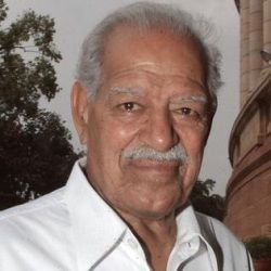 Dara Singh (Indian, Wrestler) was born on 19-11-1928. Get more info like birth place, age, birth sign, bio, family & relation etc.