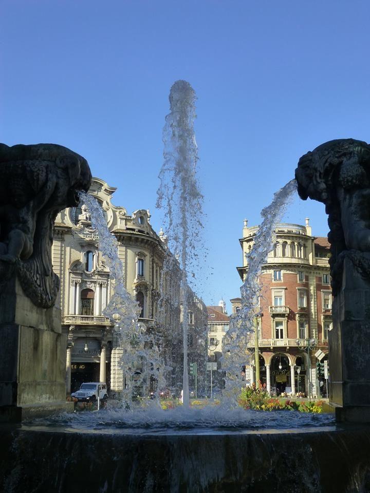 La Fontana Angelica di Piazza Solferino - Torino https://www.facebook.com/photo.php?fbid=10203480111341293
