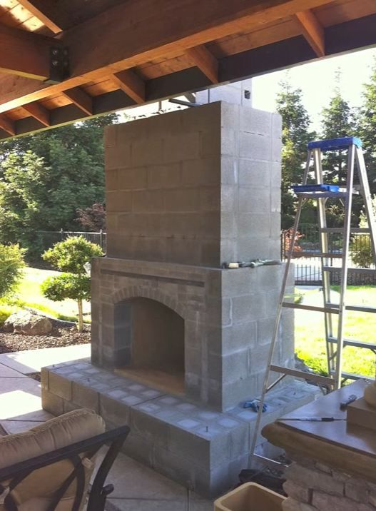 Building An Outdoor Fireplace With Images Outdoor