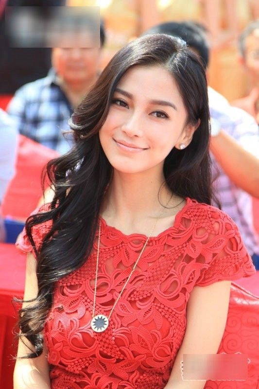 Alya, Fourth and youngest Imperial Princess of Manchongtar.  (Angelababy)