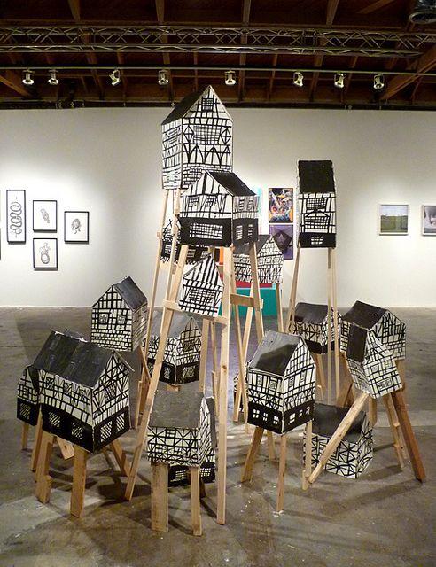 Thema: We bouwen een hut - Ye Olde Oaktown, via Flickr. Love this black and white village