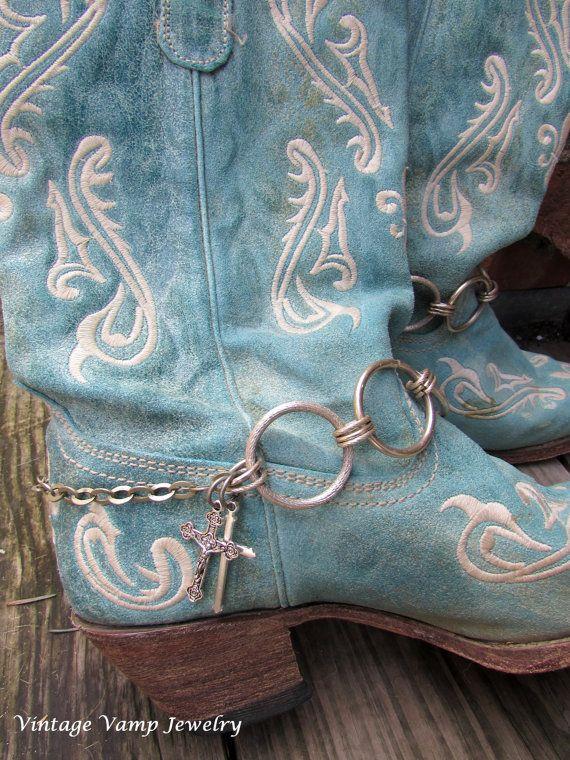 Pulseras de arranque de Bling para su Botas Joyería Por vintagevampjewelry