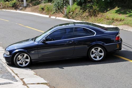 E46 BMW 3-series Coupe, Dark windows make the chrome trim stand out more, nice.