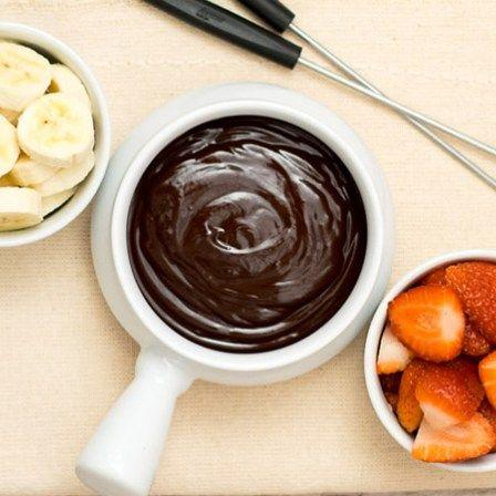 Receita de Fondue de Chocolate Rápida e Fácil
