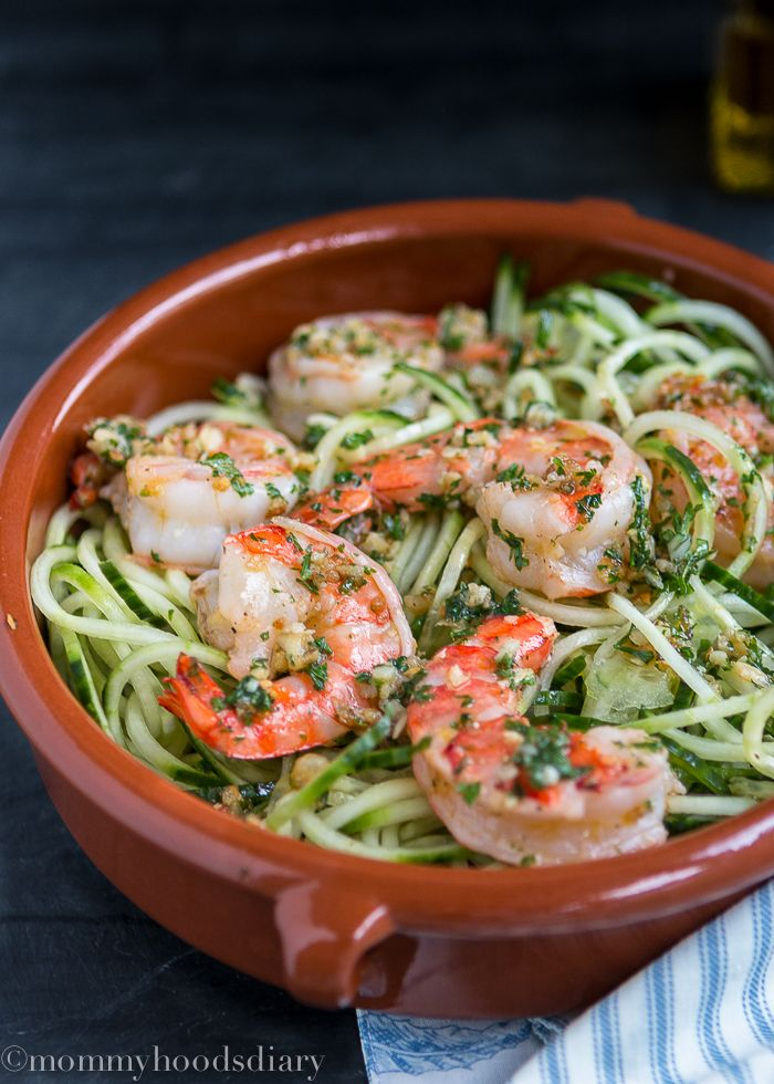 Cucumber Noodles with Garlic Shrimp- A simple healthy meal ready in less than 15 min.