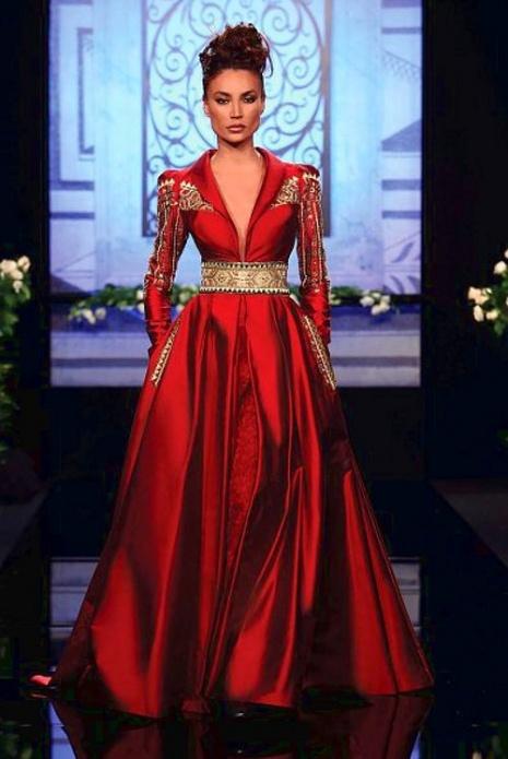 Very elegant red dress #fashion #dresses