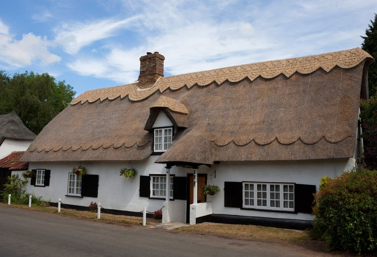 Dodson Bros: Master thatchers for thatched roofing, thatching services in Cambridgeshire   Portfolio