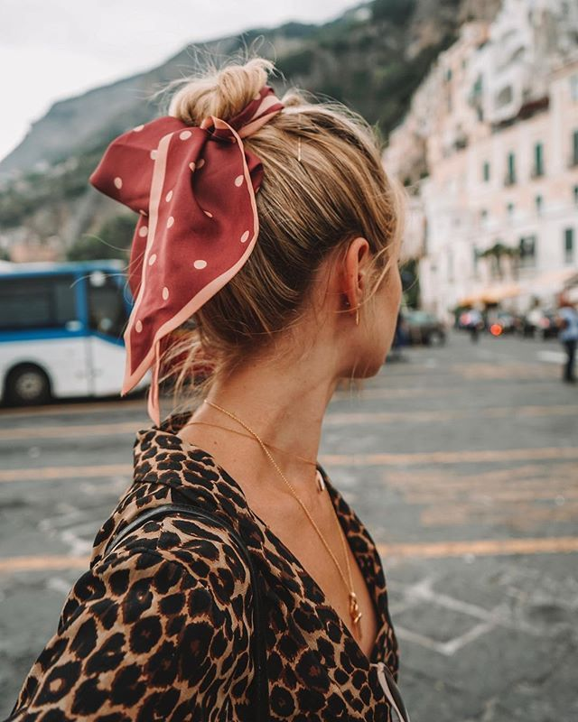How To Wear Silk Scarves This Autumn In 2019 Fashion